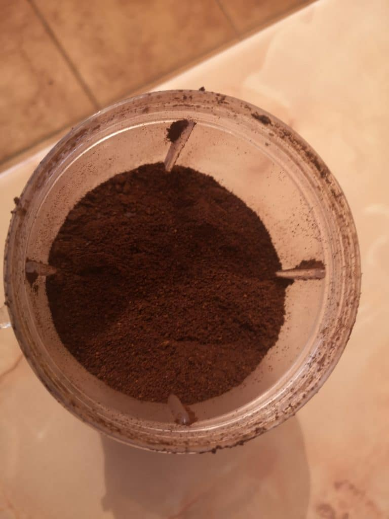 can I grind coffee beans in a nutribullet