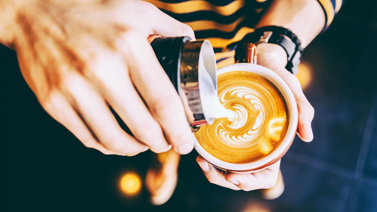 How to Become a Barista With Little or no Experience-j1